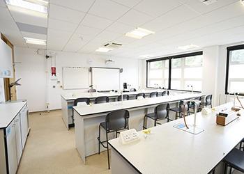 bellerbys_gallery_london_science_facilities_350.jpg