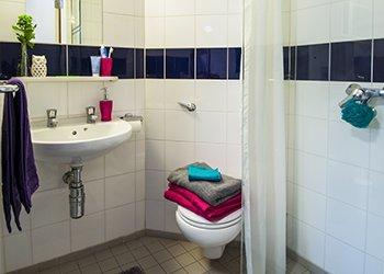 bellerbys_gallery_london_bathroom_350.jpg